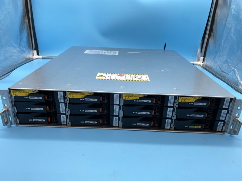 EMC EPE VNXE3150 100-542-150 fully loaded HDD & 2x 303-136-000B-01 Processor Mod