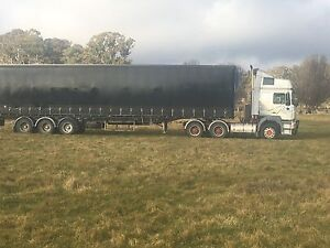 Truck and trailer Guyra Guyra Area Preview