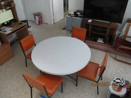 Formica Dining Table & Chairs Broadbeach Gold Coast City Preview