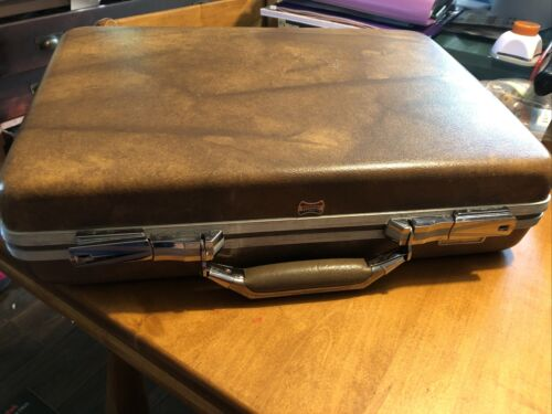 Vintage Escort American Tourister Briefcase Attache Hard Shell Brown Luggage - $19.99