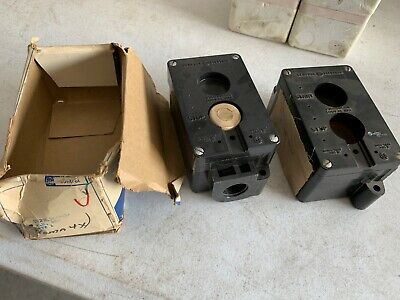 Two 2 General Electric Push Button Stations Stop Start Stop Nos