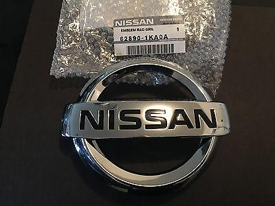 Genuine Nissan Front Grille Emblem 2013-2016 Sentra 2010-2016 Juke Versa NEW OEM