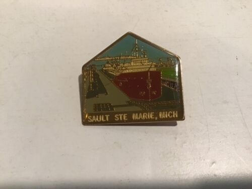 Vtg Hat Lapel Jacket Travel Souvenir Pin Sault Ste. Marie Michigan Canal Lock
