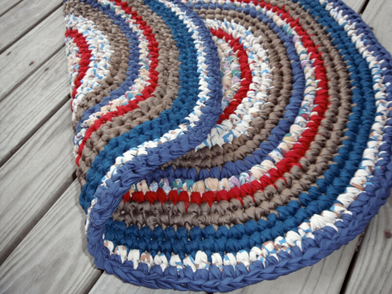 Hand made crocheted rag rug primitive rustic navy ~copper~ red~ deep blue-green