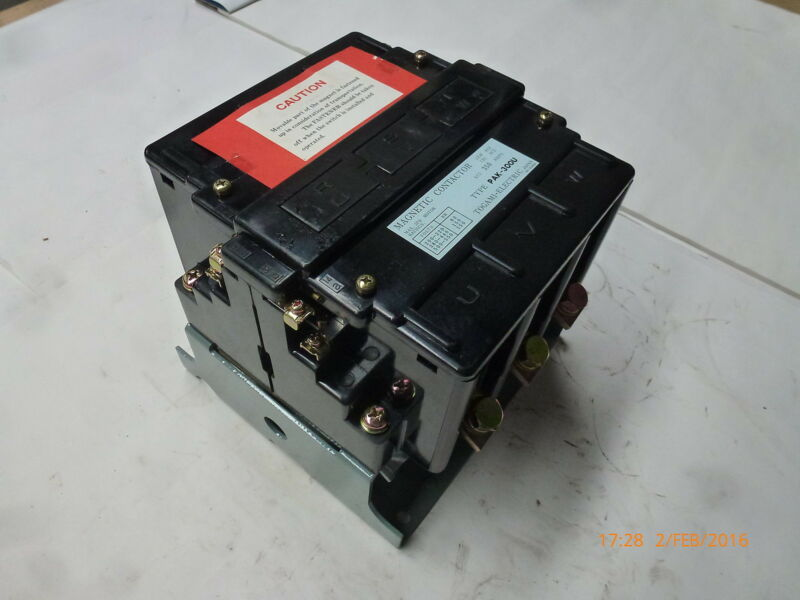 Togami PAK-300U Magnetic Contactor 415V 50Hz 80-150kW 350A 3ph NP-15481a New