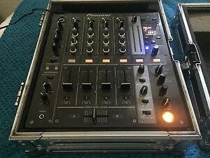 Pioneer DJ Mixer DJM700 (Opportunity!) + Free Road Case Edgecliff Eastern Suburbs Preview