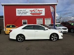 2012 Toyota Camry SE!  LOADED! V6! LEATHER!
