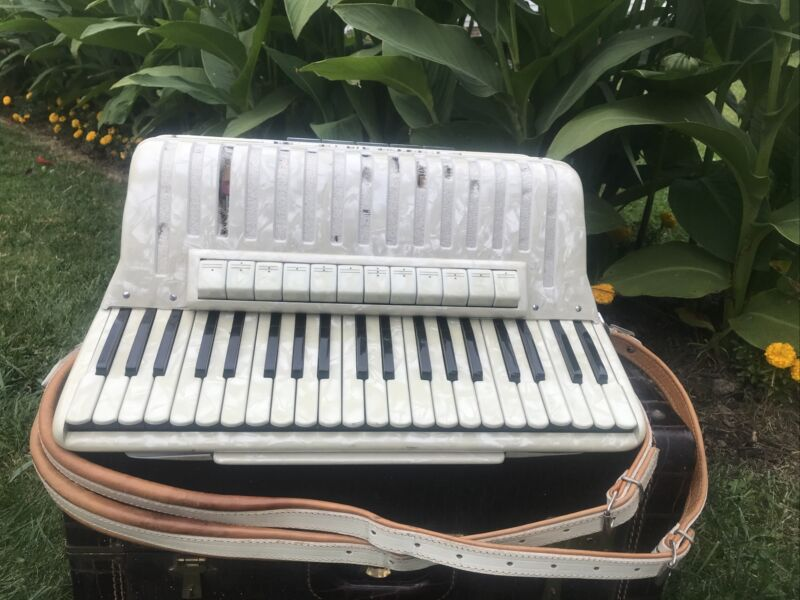 Vintage Philharmonic Accordion