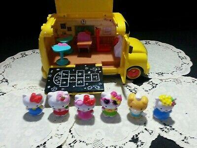 Hello Kitty School Bus (HELLO KITTY SCHOOL BUS ~  Transforms Into Classroom~ Fun)