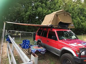 Kings king sized roof top tent for 4x4 Armidale Armidale City Preview