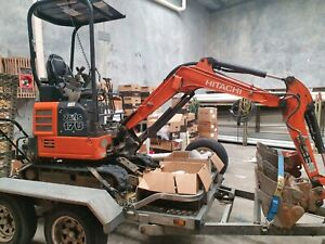 Mini excavator for hire with experienced operator