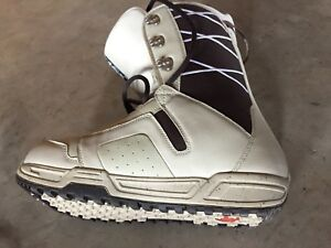 Burton Men's boots worn once