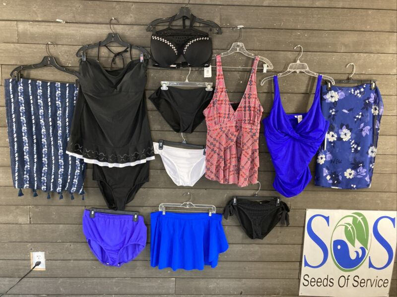 New & Used Lot of 12 Assorted Sizes Women