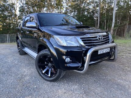 2015 Toyota Hilux Sr5 (4x4) 5 Sp Automatic Dual Cab P/up Figtree Wollongong Area Preview