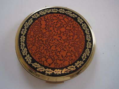 Vintage STRATTON Enamel Gold Tone Powder Compact w/Mirror Oak Leaves ENGLAND
