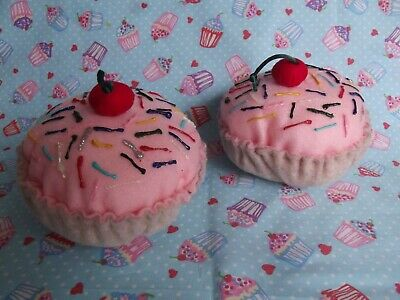 **KATY PERRY 2 CAKES FANCY DRESS COSTUME HEN PARTY PLAY TOY FELT FOOD**](Kid Katy Perry Costumes)