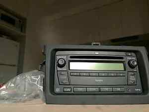 Toyota Corolla factory CD RADIO player-ZRE152- Perfect Condition Alexandria Inner Sydney Preview