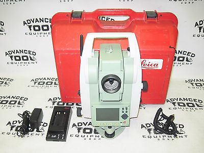 Leica Flexline Ts02 Power 3 Dual Display Total Station W Charger Battery Case