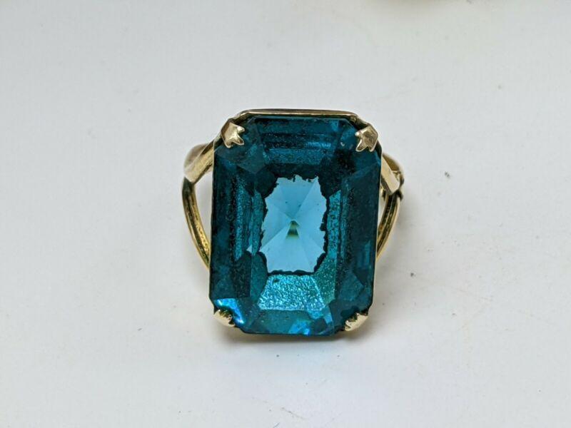 Vintage 1/20 12K Gold Filled Teal Rhinestone Ring size 5.5