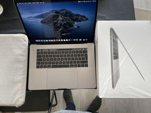 Macbook pro 15 touch bar fin 2016, 256go ssd, intel core i7, 2,6 ghz, ram 16go