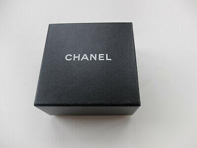 Chanel camelienblütenbrosche, collection 1984 - 1992 - noir/blanc - incl. boîte