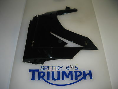 TRIUMPH DAYTONA 675 R LEFT HAND LOWER PANEL FAIRING JET BLACK 2013 T2309590