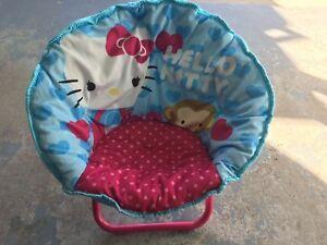 Petit fauteuil hello Kitty