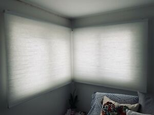 Excellent Condition IKEA Hoppvals White Cellular Blinds
