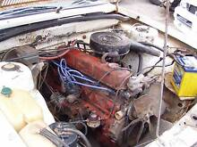 HOLDEN 186 ci SIX CYLINDER RED ENGINE COMPLETE CARBY TO SUMP $440 Lonsdale Morphett Vale Area Preview