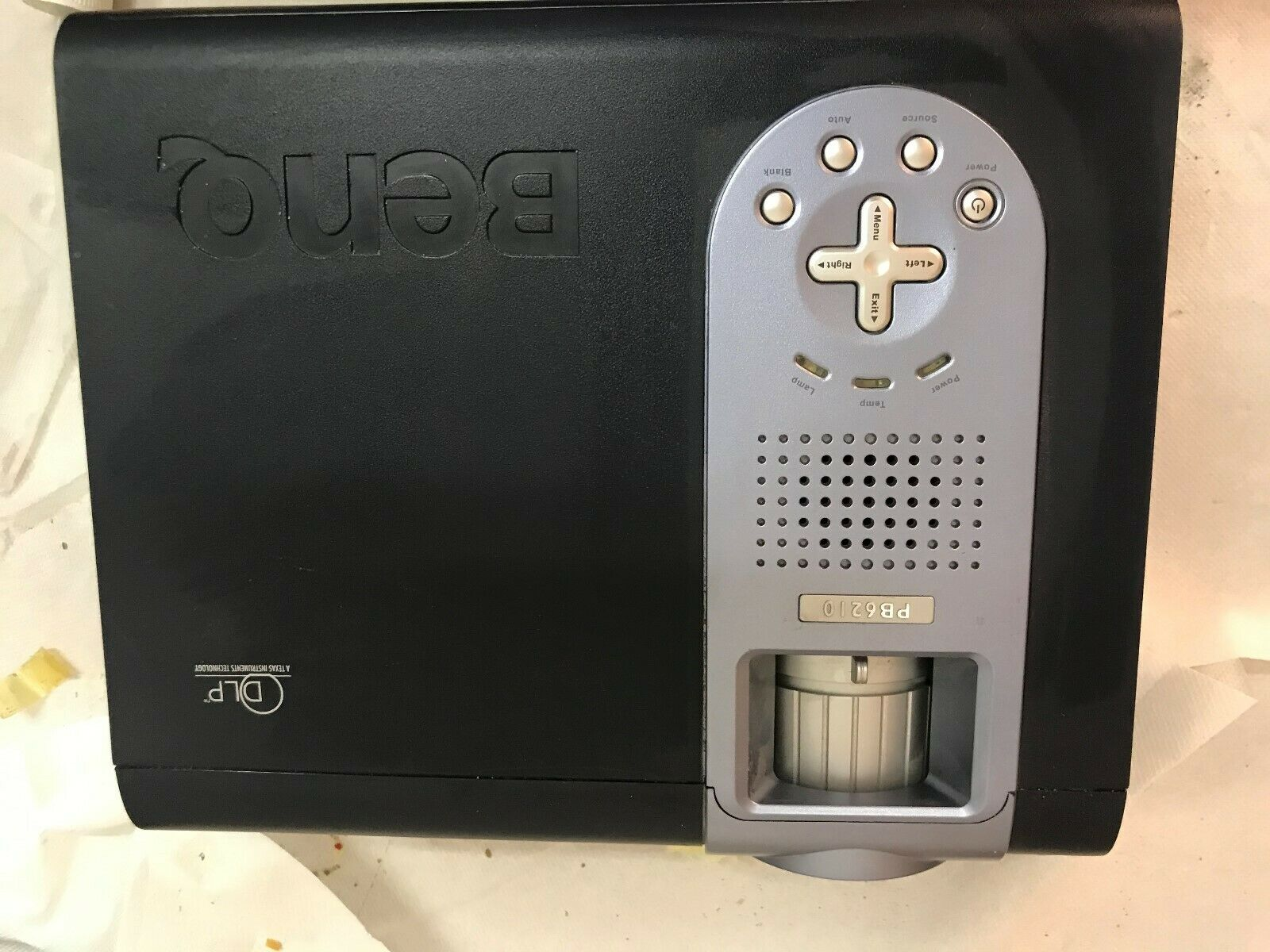 BenQ PB-6210 DLP Beamer Projektor 2000ANSI/LU gebraucht,Bild sehr gut