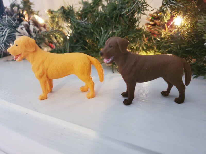 Tree House Kids Yellow & Chocolate Labrador Golden Retriever Plastic Figure Dogs