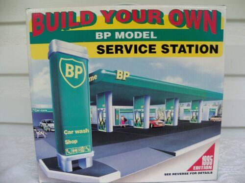 1995 BP British Petroleum Build Your Own Model Service Station & Car Wash NIB