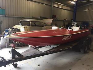 Ski boat 18-6ft hollycraft Bittern Mornington Peninsula Preview