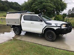 2016 Toyota Hilux SR