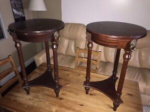 Tables de salon (Non négociable SVP) Les deux pour 140$.