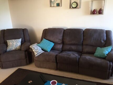 Lounge suite - individual or suite  Glenmore Park Penrith Area Preview