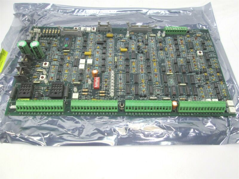Square D 52011-038-54 Main Control Circuit Board *Damaged Resistor*