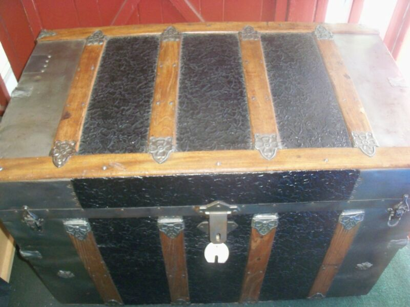ANTIQUE STEAMER TRUNK LARGE CLEAN VINTAGE VICTORIAN FLAT TOP CHEST C 1888
