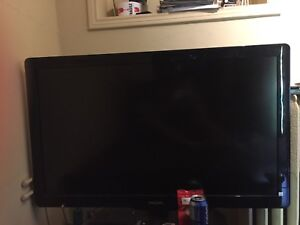 42inch Philips tv with FREE CHROMECAST