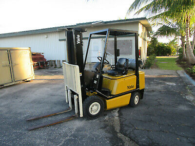 Yale Glp040anu Forklift Propane - Lift 127 1038 Hrs Solid Pneumatictires
