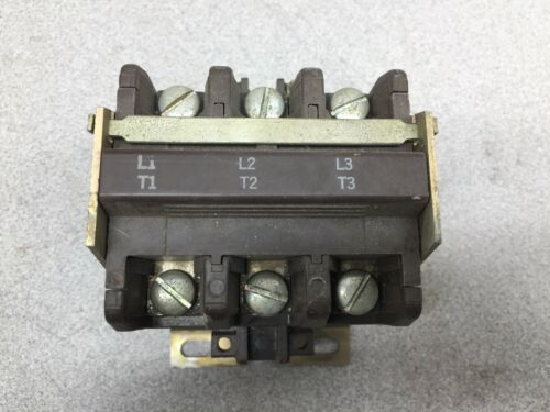 USED SYLVANIA 30AMP 3POLE 600VAC 120VAC COIL CONTACTOR A77-288505A-1