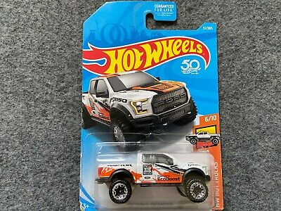 17 Ford F-150 Raptor HW Hot Trucks  Hot Wheels