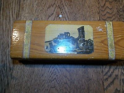 ANTIQUE MAUCHLINE  BOX THE CASTLE HASTINGS LOCK WITH KEY