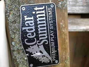Cedar Summit Play Set / Home/Swings/Rock Climbing Wall/Slide