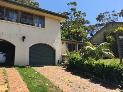 Room available $140/w, Close to Shelly beach, large 5 bedroom house. Port Macquarie 2444 Port Macquarie City Preview