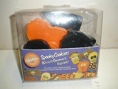 Spooky Halloween Cookies (NEW Wilton Spooky Cookies 10 cookie cutters)