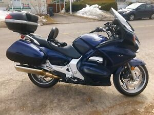 Honda st1300 abs impeccable