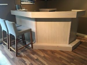 Solid Wood corner bar with bar fridge, sink and faucet