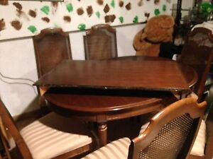 6 seat dining table with buffet