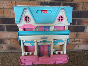 Toy Dollhouse Monash Tuggeranong Preview